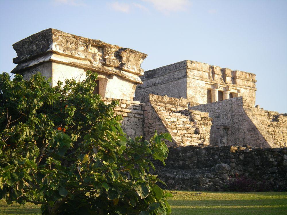 Maya-Tempel im Abendlicht.
