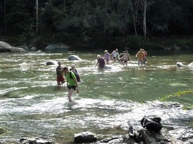 Baracoa Trekking Flussquerung