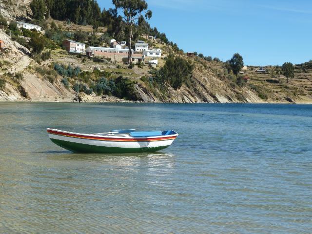 Fischerboot in der Bucht