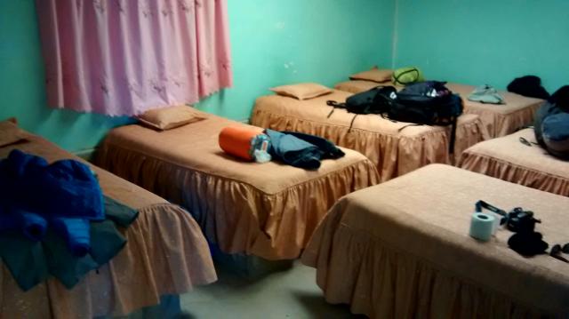 Sechs Grad Raumtemperatur im Dorm des Refugios