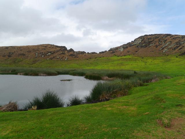 Osterinsel Kratersee des Rano Raraku