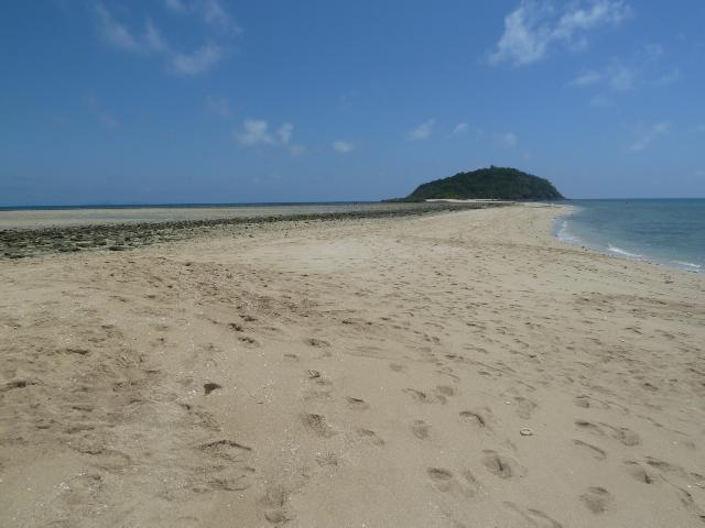 Sandstrand bis fast zum Horizont
