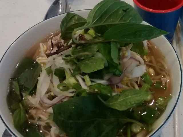 Pho, leckere vietnamesische Suppe
