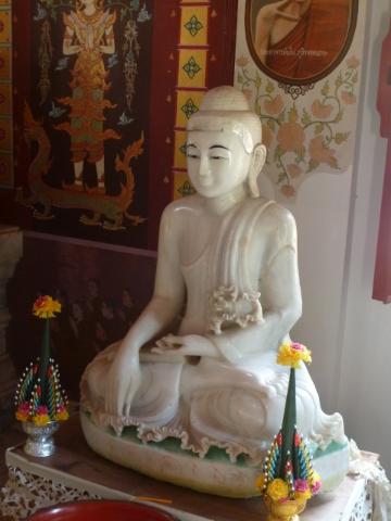 ... und weißer Buddha