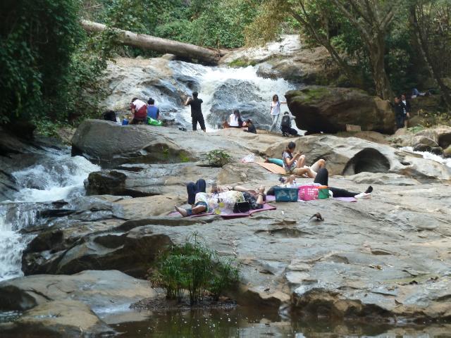Familientag am Wasserfall