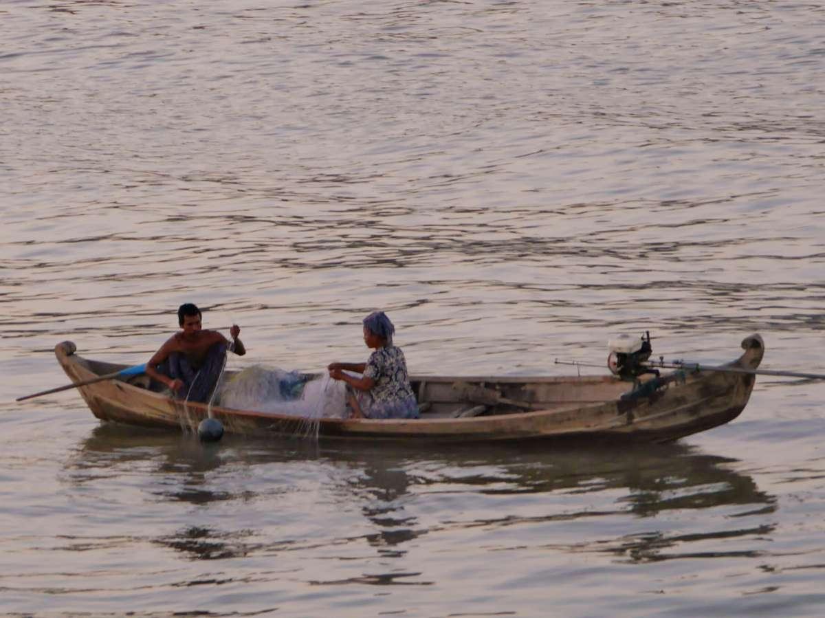 Kleines Fischerboot auf dem Irrawaddy