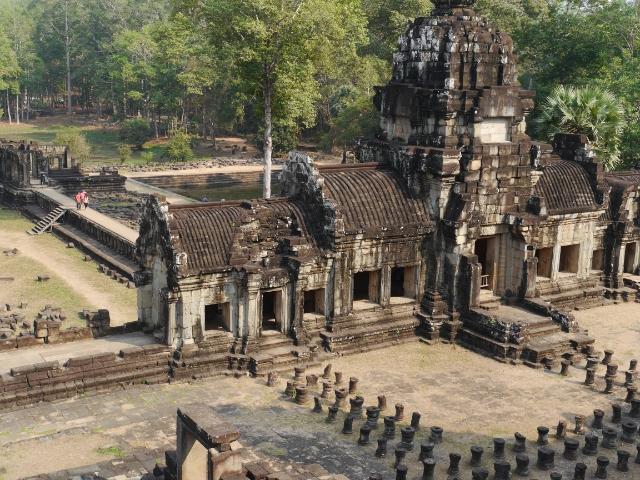 Angkor Wat Baphuon