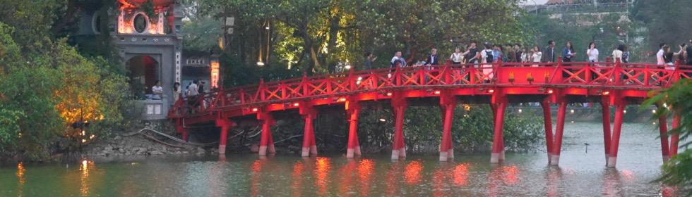 Hanoi – Wasserpuppentheater und Eierkaffee