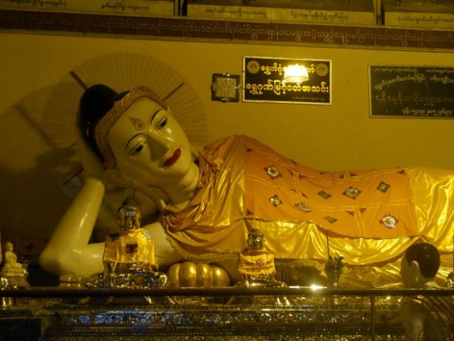 Weltreise Myanmar Buddha