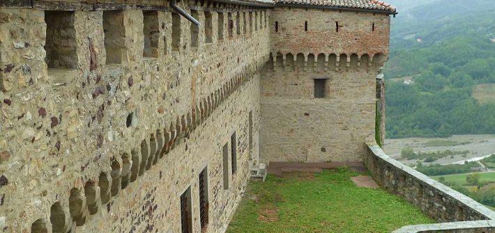 Schloss Bardi Burg Castello di Bardi