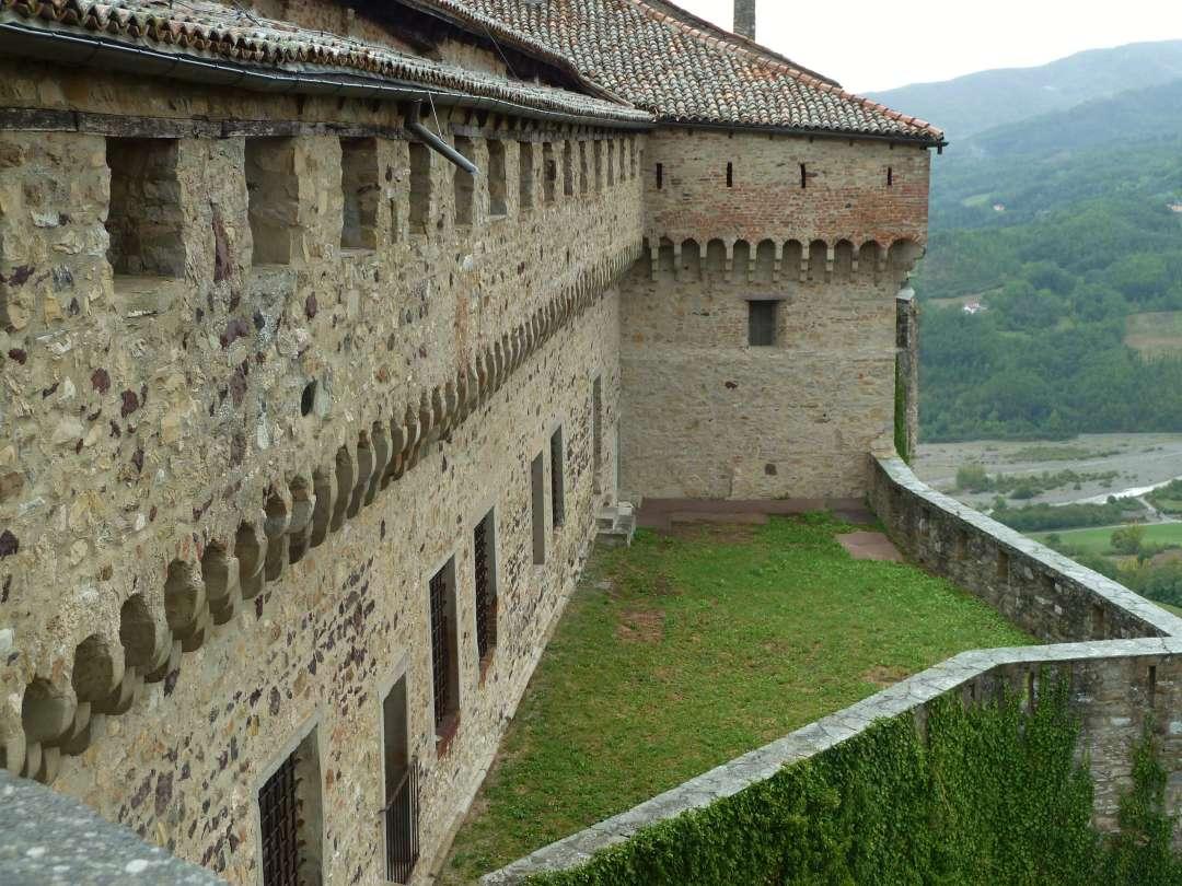 Burg Bardi.