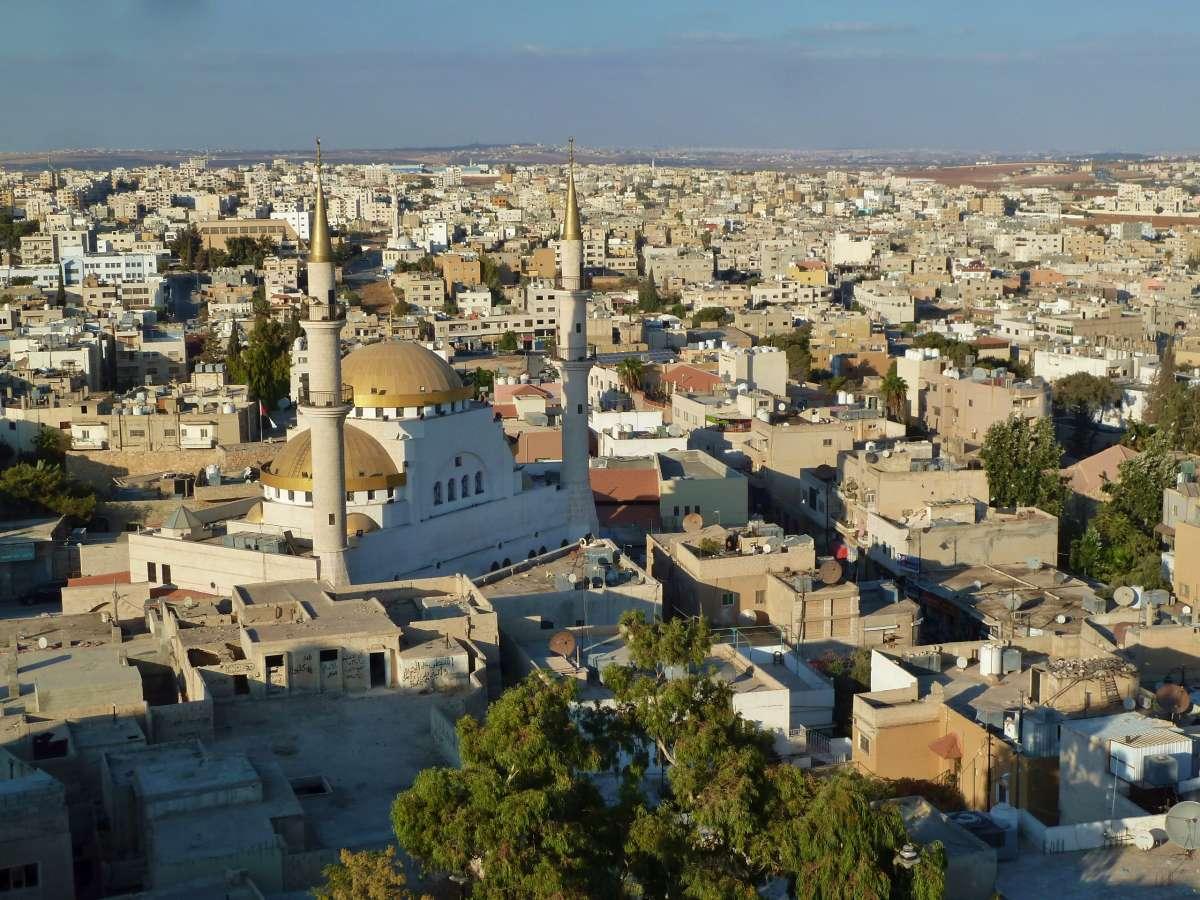 Blick über die Dächer von Madaba