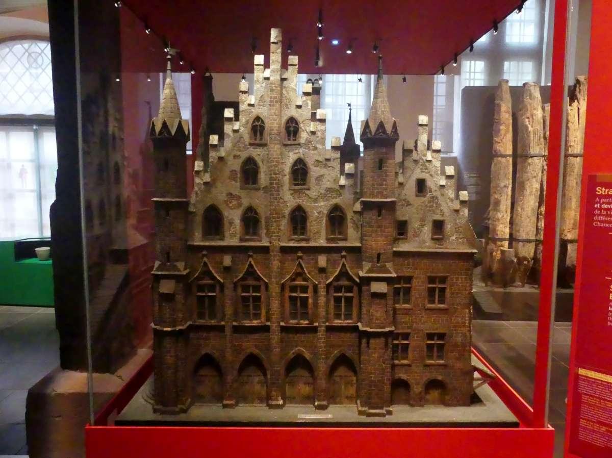 Modell der Pfalz zu Straßburgs Zeiten als freie Reichsstadt