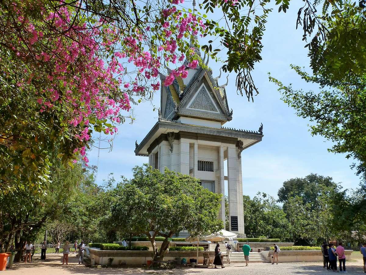 Gedenkstupa in Choeung Ek