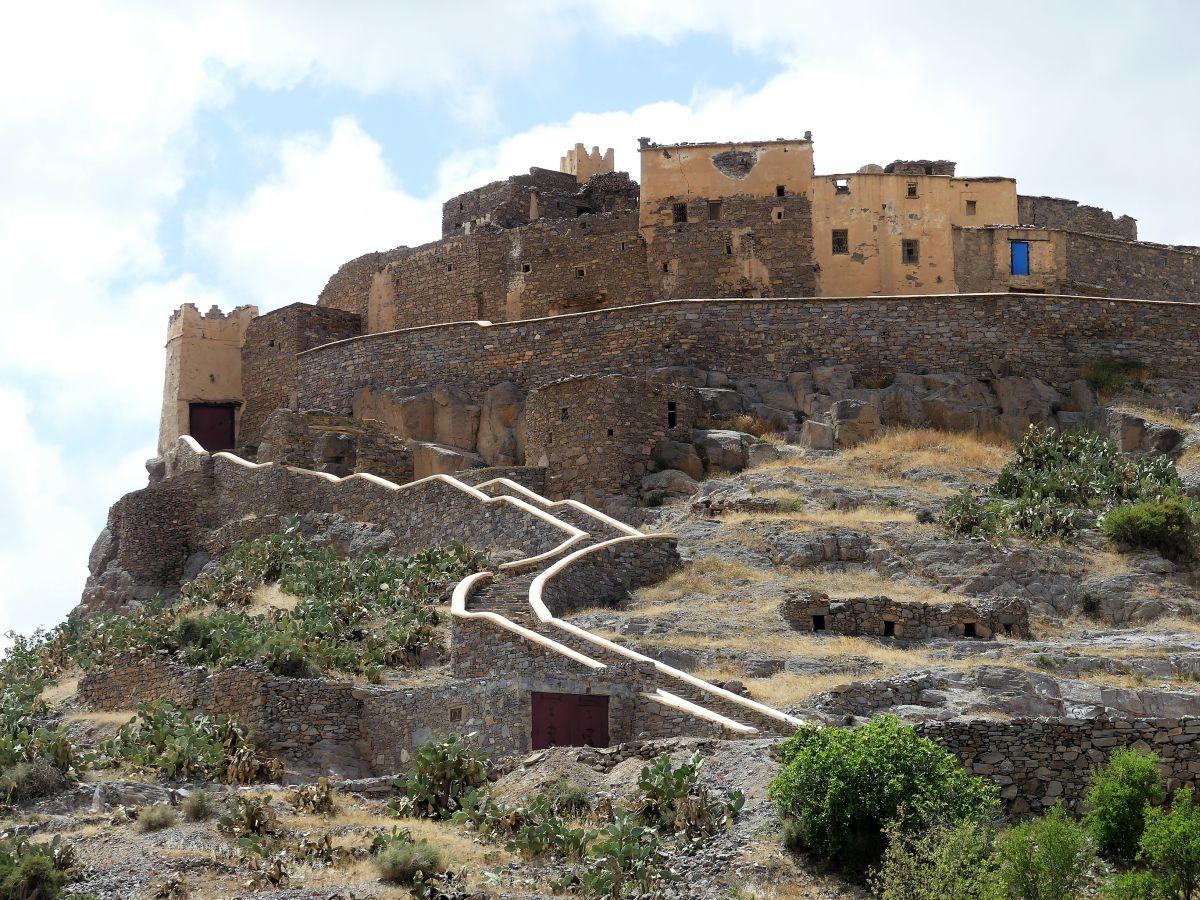 Steinweg empor zum Agadir