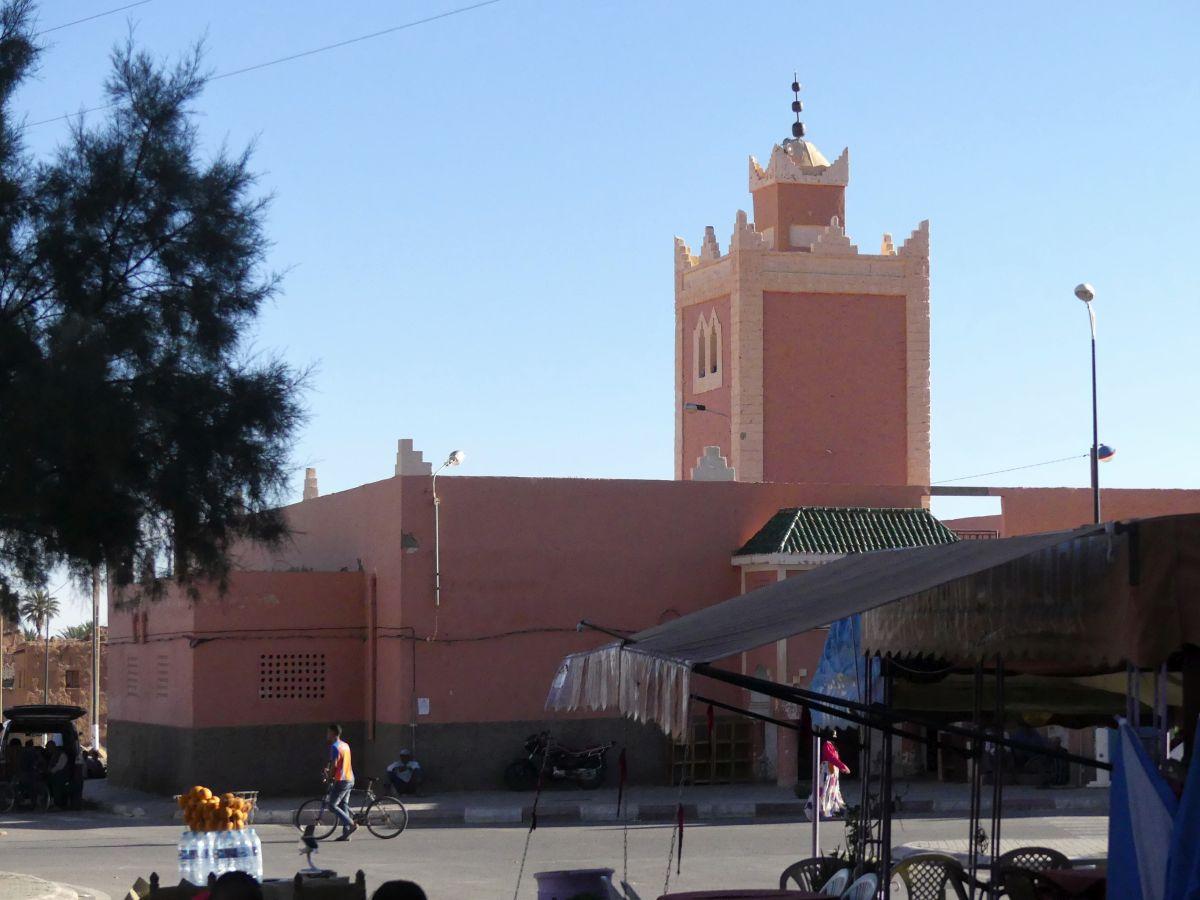 Das Ortszentrum mit der Moschee