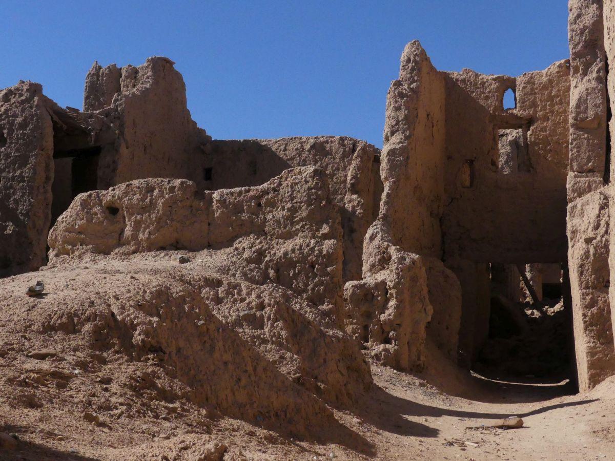 verfallenes Lehmdorf in Marokko