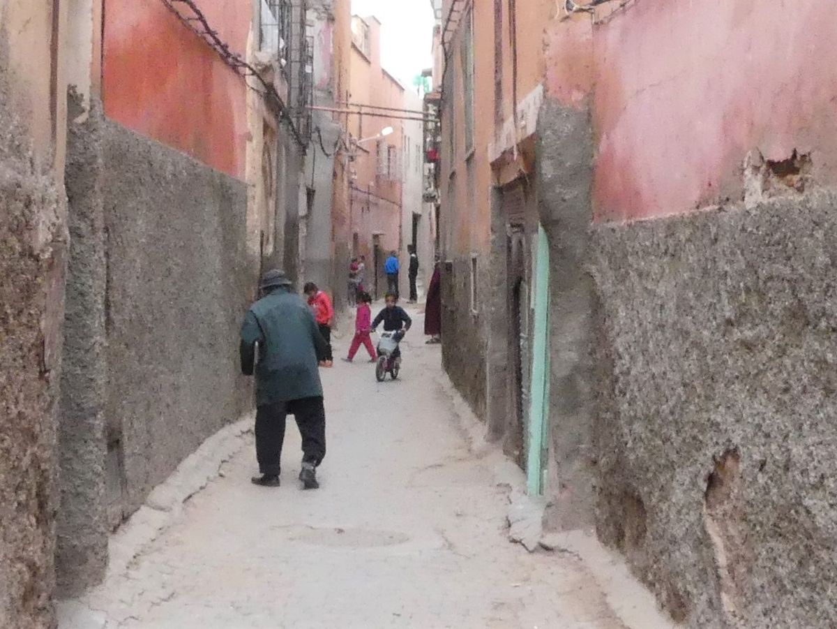 Gasse in der Mellah von Marrakesch