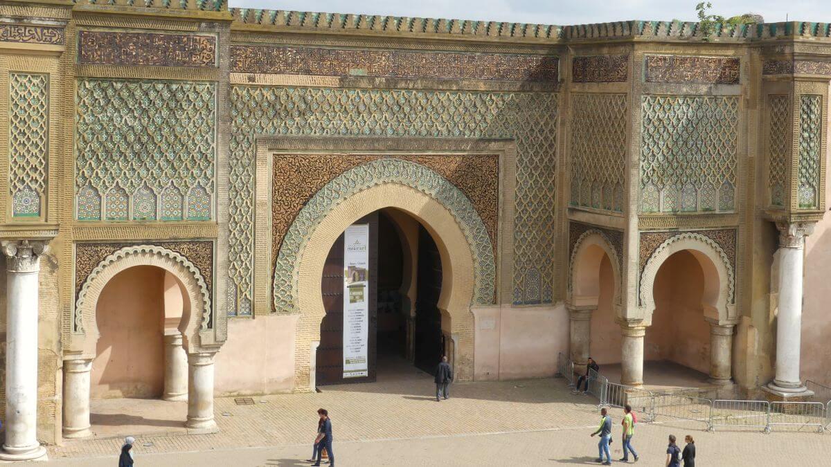 Meknes: Die kleinste der Königsstädte in Marokko