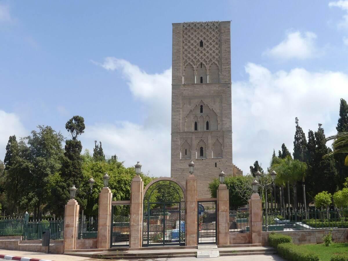Großer viereckiger Turm