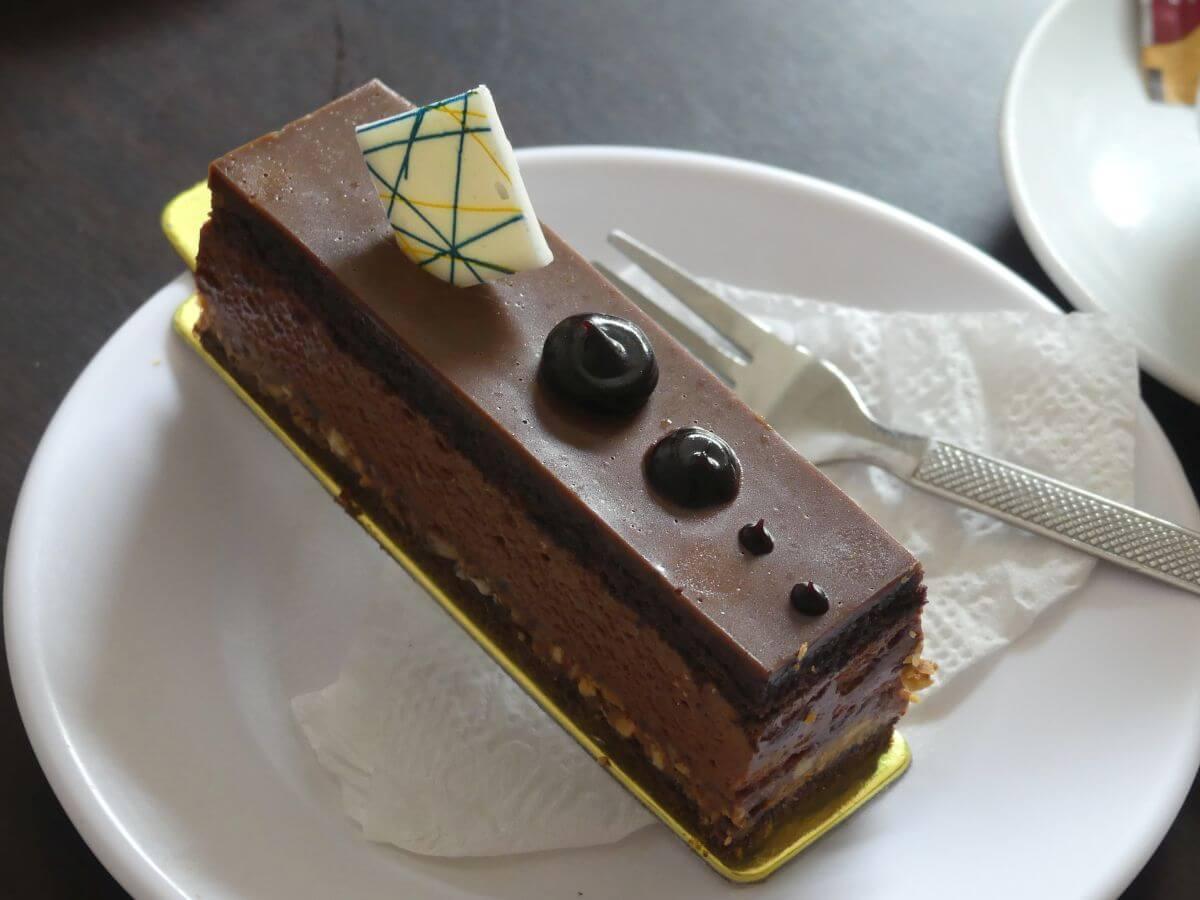 Kleines Stück Schokoladentorte