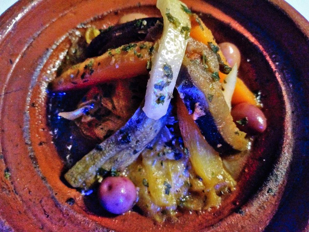 marokkanische Tajine mit Gemüse.