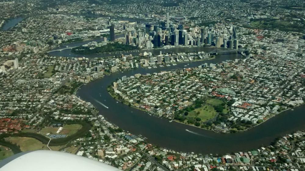 Blick von oben auf die City von Brisbane.