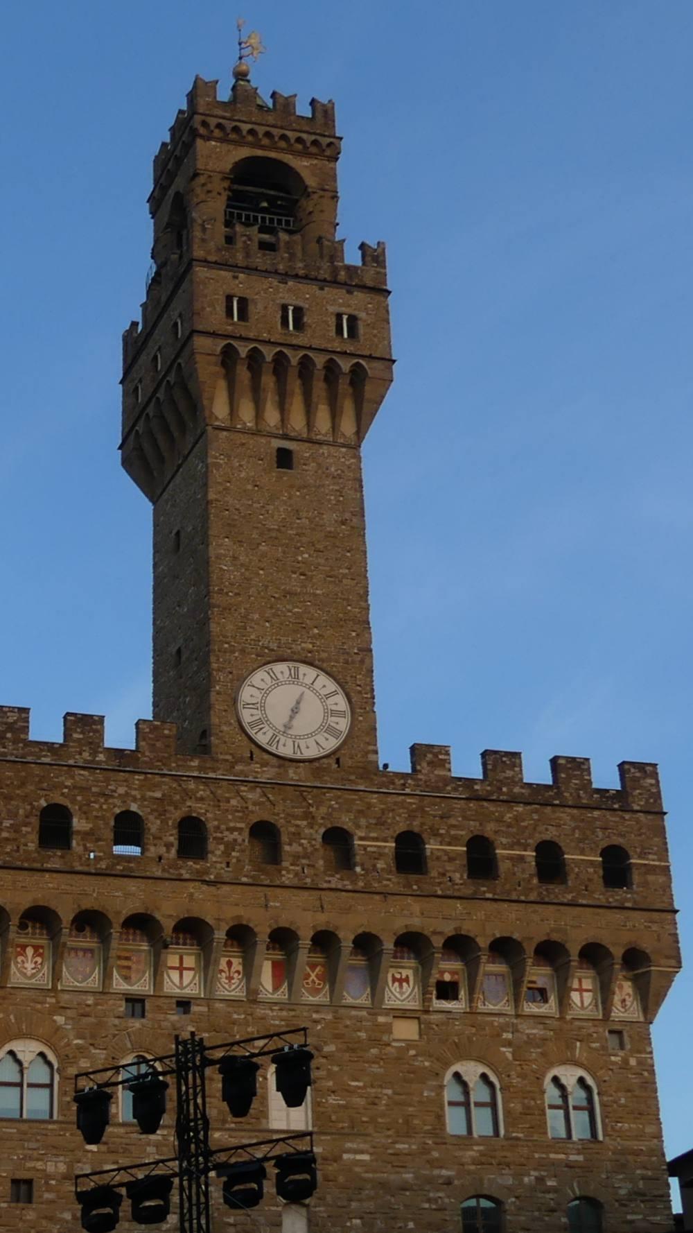 Brauner Turm der Signoria.
