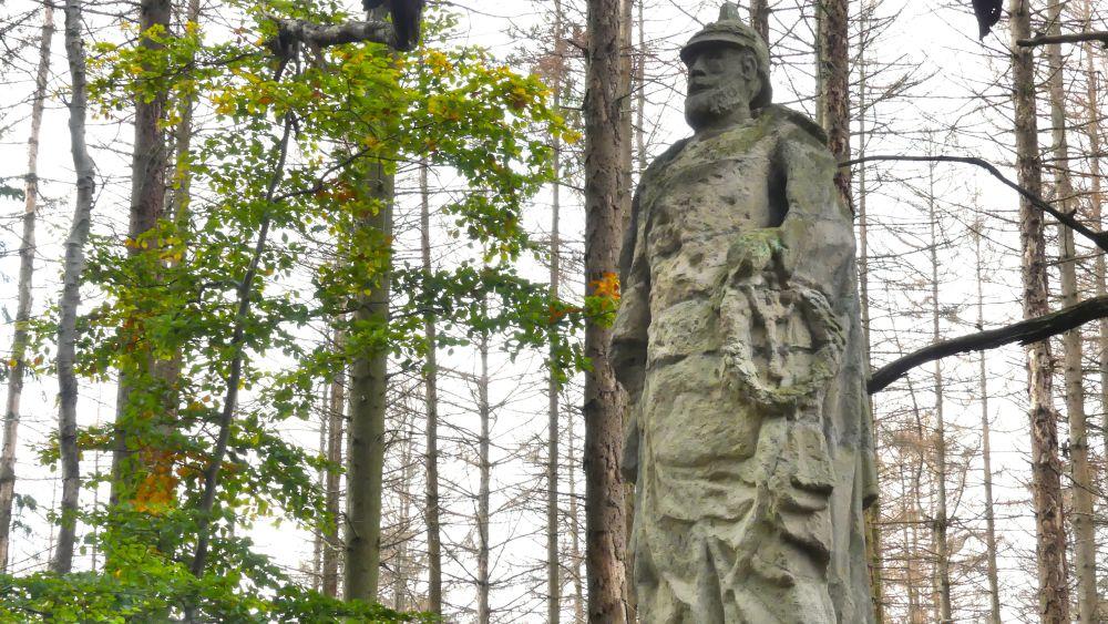 Stein-Denkmal des Kaisers.
